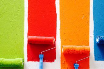 χημικά προϊόντα για χρώματα και βερνίκια